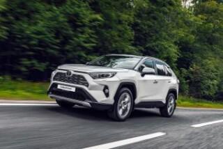 Новую Toyota RAV4 начнут производить в России с октября